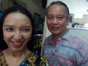 Bersama Budiman, pemilik Hok Lay yang menjaga resep Fosco seperti yang diwariskan neneknya