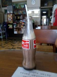 Susu coklat Fosco yang menjadi minuman khas Hok Lay