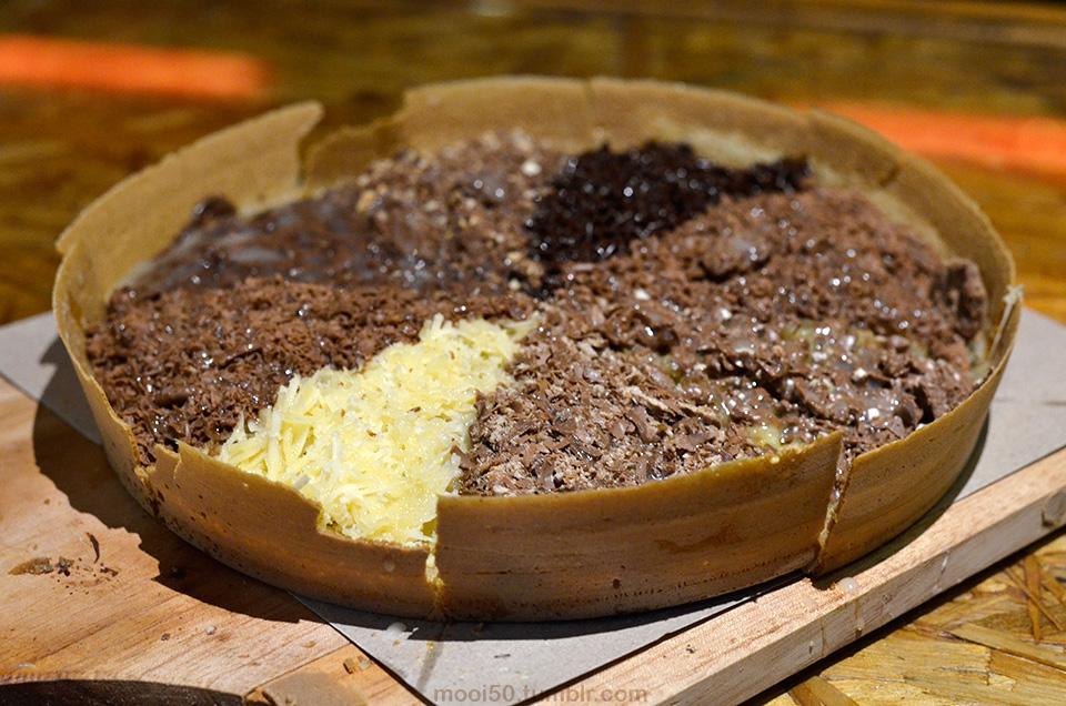 Eddy Fahmi makanan enak di Surabaya - martabak 8 rasa