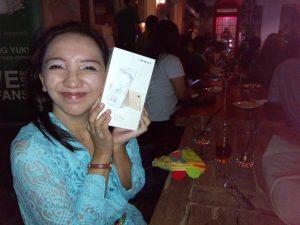 smartphone Oppo terbaru Vicky Laurentina