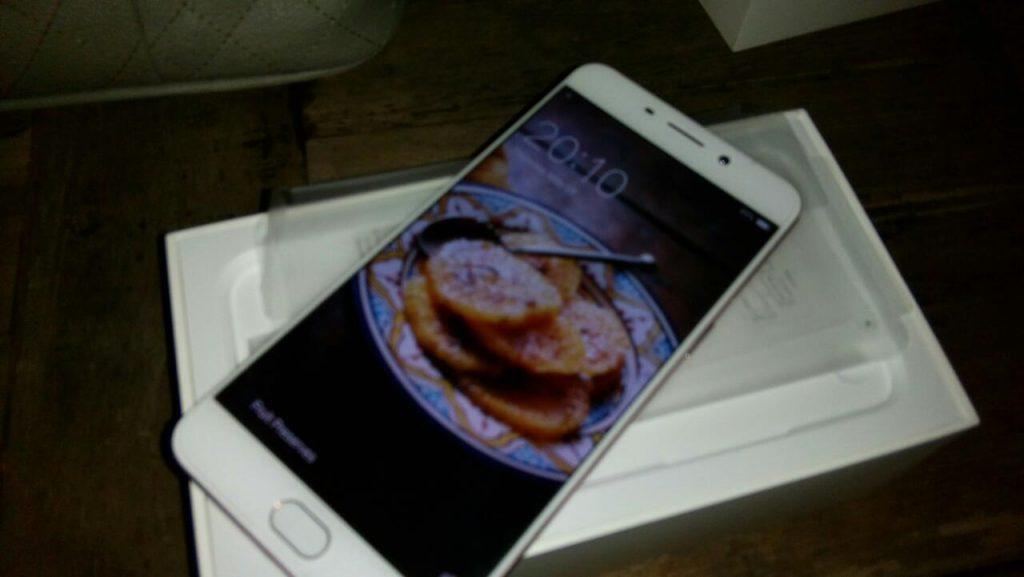 smartphone Oppo terbaru