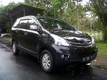 Sewa mobil Avanza di Yogyakarta