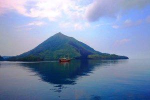 Tempat terindah di Indonesia Banda Neira