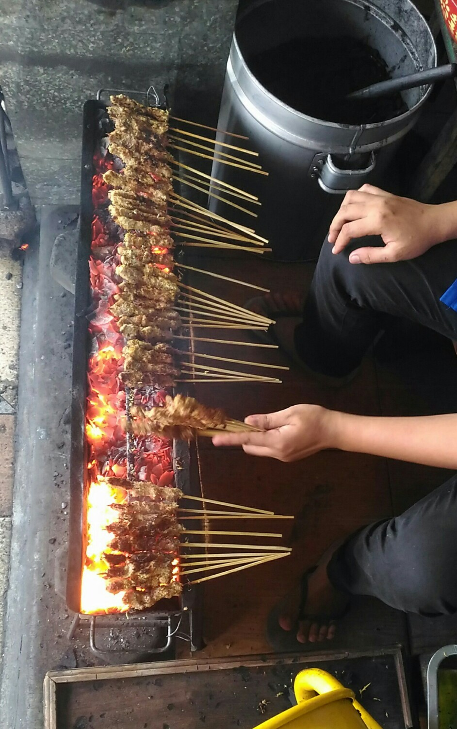 Kuliner Surabaya sate klopo Ondomohen