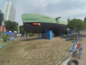 tempat wisata di Surabaya Monumen Kapal Selam