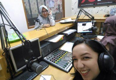 Emak-emak Blogger Siaran di Radio