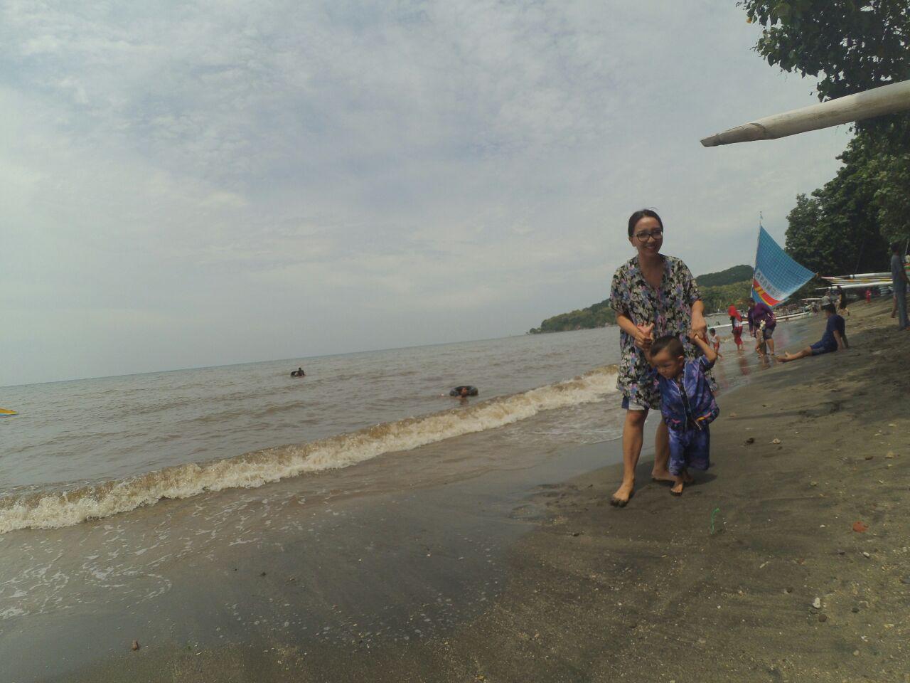 Rekreasi ke pantai