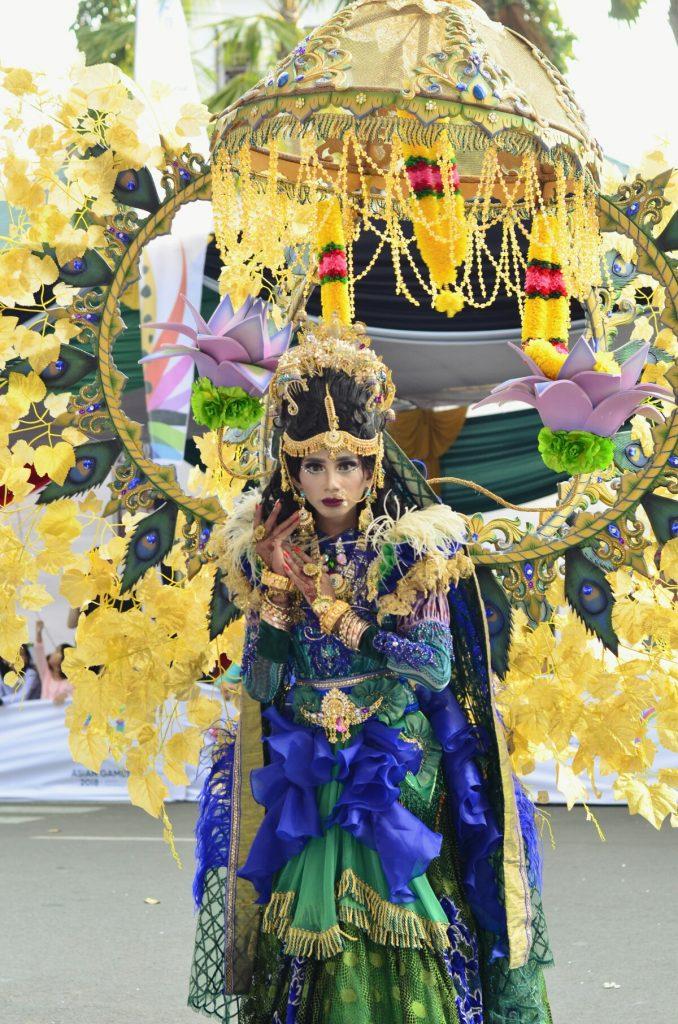 Jember Fashion Carnaval adalah