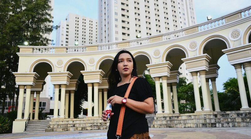 Vicky Laurentina X Susu Kin