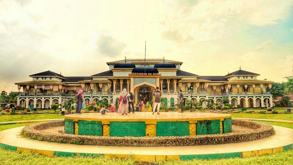 Istana Maimun tempat wisata di Medan untuk liburan
