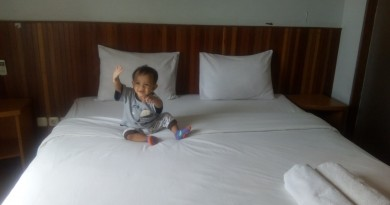 kamar hotel backpacker