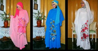 Hijab Puan Ayu model Vicky Laurentina