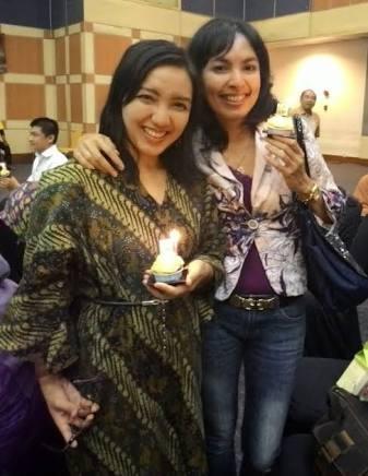 Vicky Laurentina with Wiwik Woeryanti