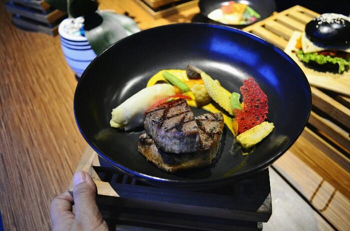 tenderloin steak di Batiqa Hotel Darmo Surabaya