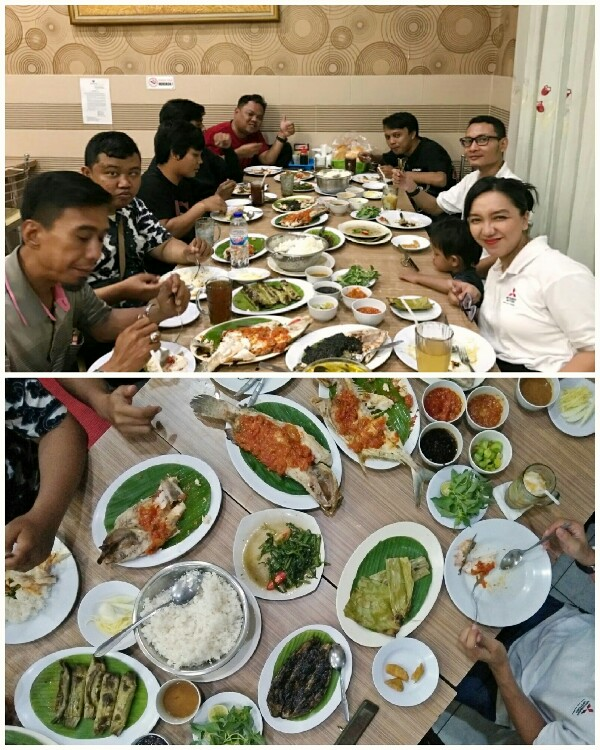Rumah makan ikan bakar di Makassar