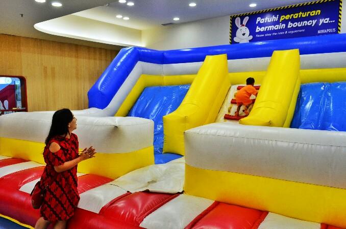 Tempat bermain anak di Surabaya - Miniapolis